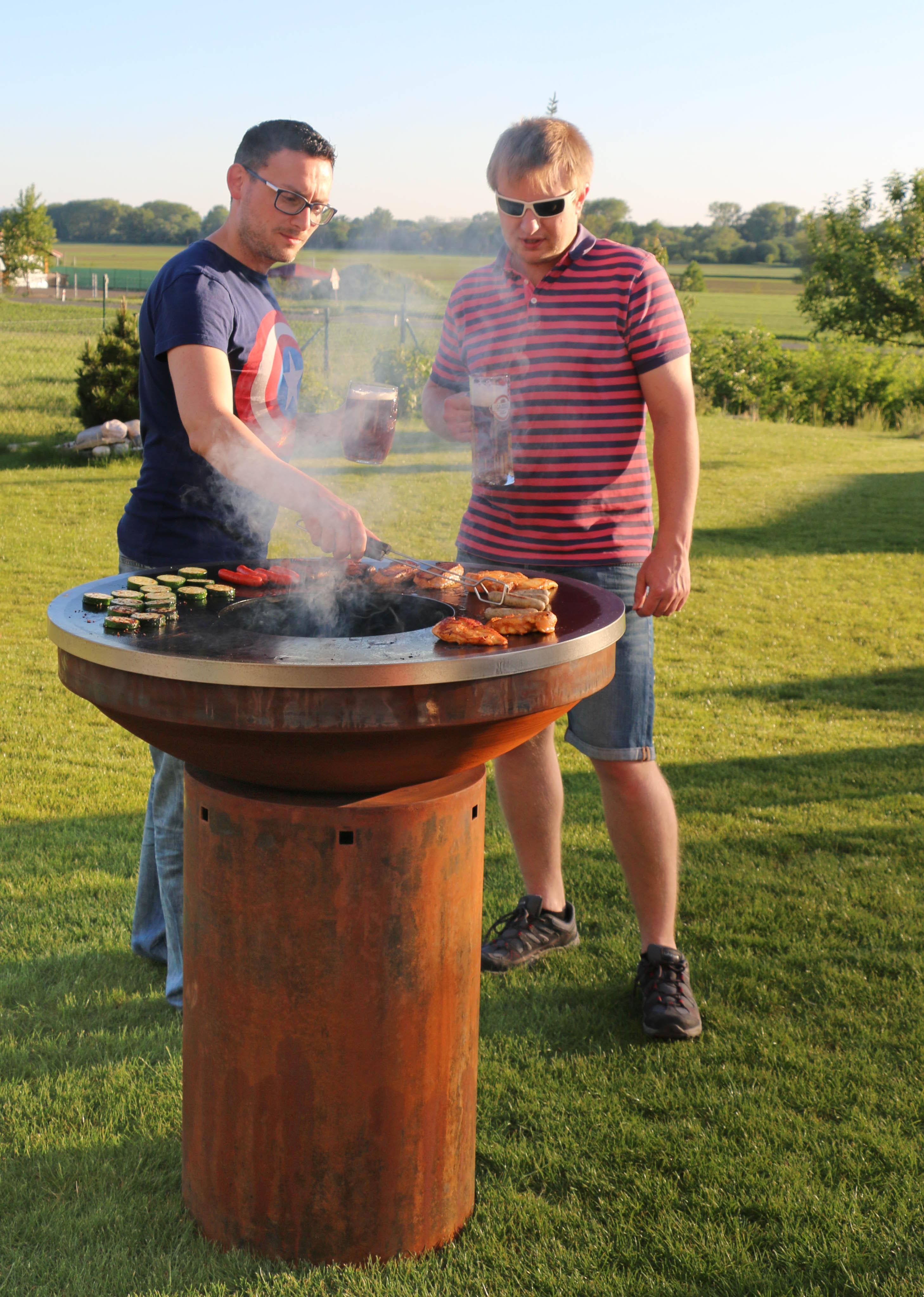 Cortenový grill