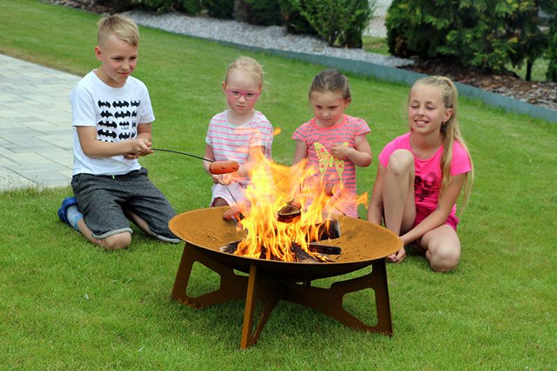 Zahradní přenosné ohniště z Corten oceli